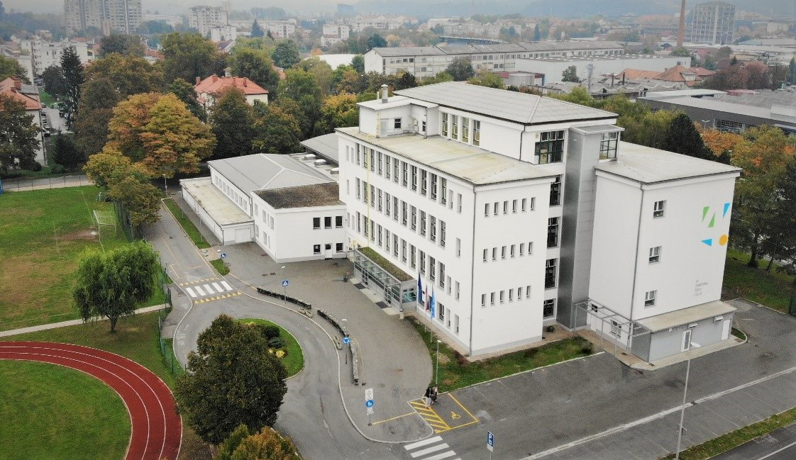 Fotografija šole